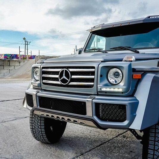 Mercedes Benz G550 4×4²